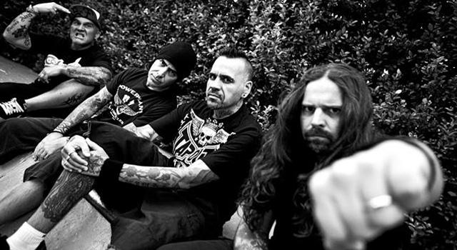 Il supergrupp metal latino De La Tierra, in arrivo con il disco d'esordio a Gennaio