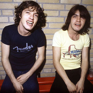 Angus e Malcolm Young