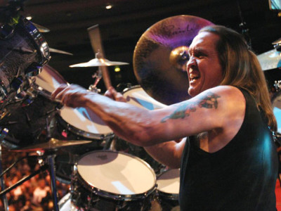 iron-maiden-nicko-mcbrain1